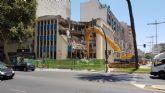Se inician las labores de demolicion del antiguo edificio de la ONCE