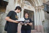 El Ayuntamiento reconoce la labor de los voluntarios de la Noche de los Museos haciéndoles entrega de un diploma
