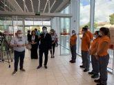 El alcalde celebra la apertura de un nuevo negocio comercial en el municipio coincidiendo con la nuevo normalidad
