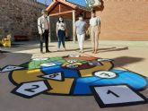 Los colegios Francisco Salzillo de Los Ramos y Nuestra Señora de los Dolores de El Raal ya cuentan con juegos infantiles tradicionales en sus patios