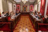 Los vecinos de los Urrutias y las demandas en Sanidad reciben el respaldo del pleno