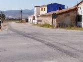 Los vehículos que quieran desplazarse del casco urbano de Totana a la zona de Lébor deben hacerlo a través de la carretera de El Raiguero RM-D22 por estar cortado a la altura de Escamusa