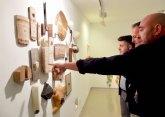 Cultura muestra en el Muram de Cartagena más de dos décadas de trabajo de Lidó Rico a través de un centenar de piezas
