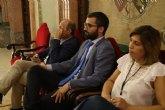 Francisco Lucas: 'Mientras los vecinos de Murcia limpiaban barro, el alcalde se dedicaba a inaugurar jardines en China'