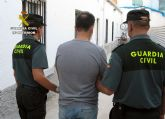 La Guardia Civil detiene al presunto autor de una docena de robos en viviendas de Mazarrón