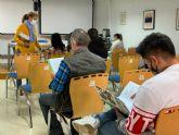 20 personas realizan un taller de manipulador de frutas y hortalizas en Torre Pacheco