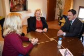 El alcalde de Mazarr�n y la presidenta de COEC mantienen una reuni�n en el ayuntamiento