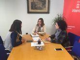 Un grupo de nazarenas pide apoyo al Ayuntamiento de Murcia para un paso portado exclusivamente por mujeres