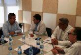 Calderon trata con la gerencia del area de Salud II actuaciones de mejora en los consultorios medicos municipales