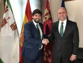 Fernando López Miras se reúne con el alcalde de Pliego