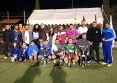 Finaliza la liga de fútbol 'Juega limpio' con la entrega de trofeos