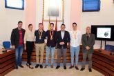 El alcalde de Alcantarilla recibe en el Ayuntamiento a los tres atletas del Nutribán Sociedad Atlética