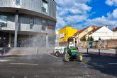 Calles y plazas de Archena vuelven a ser desinfectadas pero en esta ocasión con tractores agrícolas