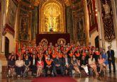 Los alumnos de Turismo y ADE recogen sus becas