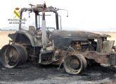 La Guardia Civil investiga a dos personas por el incendio intencionado de una máquina fumigadora
