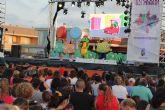 Drilo celebra su 15 cumpleaños con cientos de niños pinatarenses en las fiestas patronales