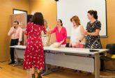 Más de un centenar de mujeres reciben sus diplomas en Terapias Naturales y Manuales