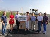 Un sistema de reciclado de asfalto permite recuperar el camino rural de Vera en Puerto Lumbreras