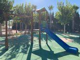 La pedanía de Los Martínez del Puerto estrena un parque infantil que fomenta la motricidad y la integración de los más pequeños