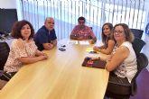 El Ayuntamiento torreño apoya a las academias de enseñanza locales frente a los 'ilegales'