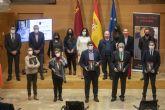 López Miras preside el acto de presentación del libro