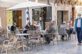 La Policía Local intensificará los controles para garantizar el uso correcto de las mascarillas en espacios públicos y terrazas