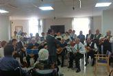 La rondalla y coro del Centro de Mayores torreño visitó la residencia 'Obispo Javier Azagra'