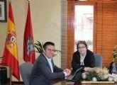El alcalde recibe a la presidenta del Comedor Social Beata Piedad, tras su nueva elección días pasados