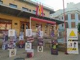 Una exposición itinerante recorre enclaves de Beniaján para poner en valor el trabajo de colectivos y asociaciones