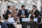 López Miras visita las nuevas instalaciones de la compañía Everis, especializada en consultoría y tecnología