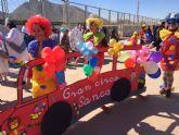 El colegio de San Cayetano celebra su décimo aniversario, recreando todos los Carnavales celebrados en estos diez años.