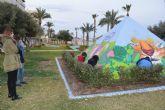 La zona verde del Paseo de Poniente se convierte en una exposición artística al aire libre