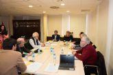 La Comisión del Barco Fenicio analiza los resultados de las últimas prospecciones en el entorno de la Playa de la Isla