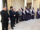El presidente recibe la convocatoria de la Cofradía de Nuestro Padre Jesús Nazareno de Murcia