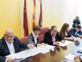 La Mesa del Pacto por la Noche empieza a andar escuchando las propuestas de los agentes sociales para su estudio en grupos de trabajo