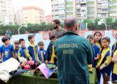 La Guardia Civil realiza una exhibición de medios a los alumnos