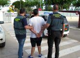 La Guardia Civil detiene a una persona por sustraer una tarjeta de crédito del correo de su vecino y utilizarla para realizar compras