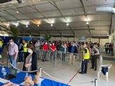 Unas 4400 personas  de 50 a 59 anos está previsto que pasen hoy por el centro de vacunación de San Javier hasta las 19:00h