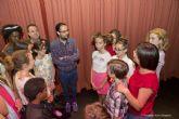 Pequeños y jóvenes de la Escuela Municipal de Teatro despidieron el curso en El Luzzy