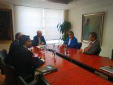 El consejero de Desarrollo Econ�mico recibe al presidente de la Federaci�n de Industrias del Calzado Español