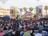 El show '1,2,3 cantemos otra vez' con La Pandilla de Drilo congrega a cientos de niños en las fiestas patronales