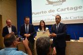 La Cátedra del Puerto premia a una ingeniera naval de la UPCT por su propuesta para reducir emisiones contaminantes