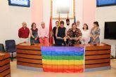 El Ayuntamiento de Alcantarilla se une al resto de los ayuntamientos, con la lectura de la Declaración Institucional para conmemorar el Día Internacional del Orgullo LGTBIQ