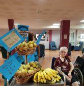 Los mayores de las residencias celebran el Día de los abuelos con un desayuno saludable