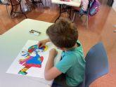 Los talleres de pintura de 'En Modo Verano' acercan el arte a los niños del municipio