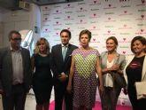 La diseñadora Ágatha Ruiz de la Prada asistió ayer en San Javier a la presentación de su línea de baño disponible en Bastida Interiorismo