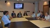 La recogida de viajeros en el nuevo Aeropuerto Internacional será realizada por los taxistas de Murcia