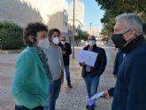 Podemos apoya a los trabajadores de Latbus frente a la Asamblea Regional