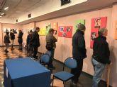 Usuarios del Centro de Día para Personas con Enfermedad Mental del Ayuntamiento visitan la exposición contra la Violencia de Género