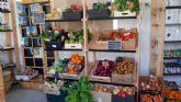 La tienda EcoCampus de la Universidad de Murcia prepara cestas y regalos para fomentar el consumo responsable en Navidad